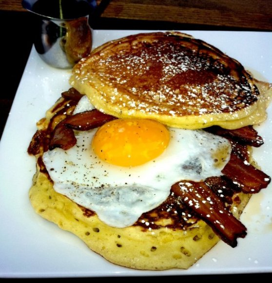 Brunch_dobiaspancakesandwich